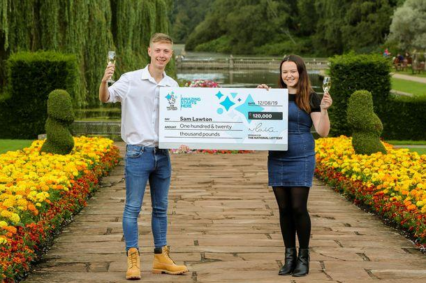 Teenager wins lottery on first ticket, teenage lottery winners