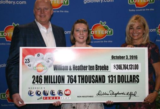 William and Heather ten Broeke win Powerball