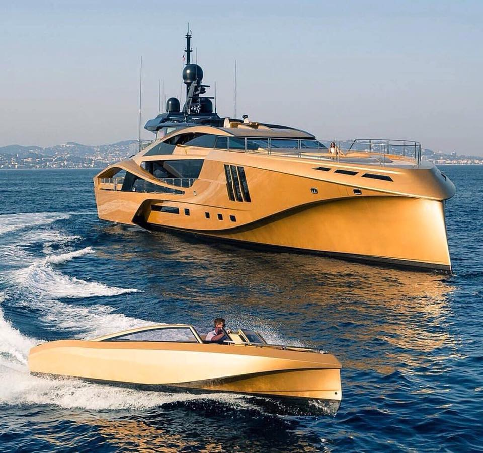49m superyacht worth $250,000 per week